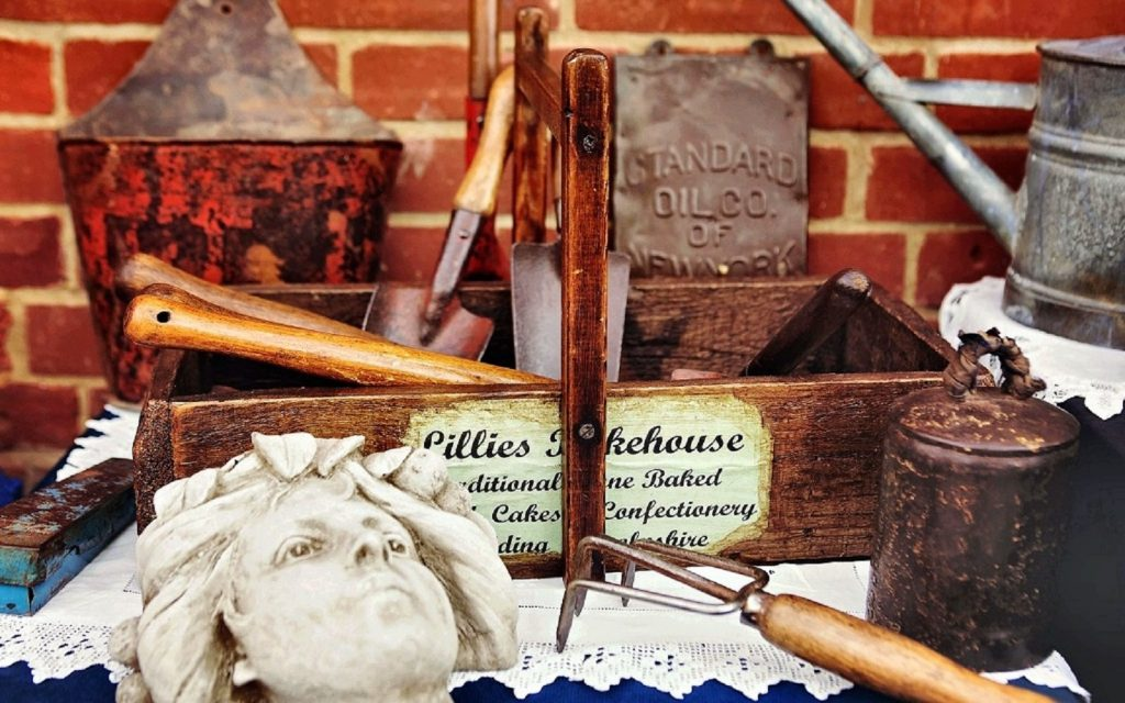 5 Different Kinds of Antiques and Collectables to Invest in that Will Improve with Age